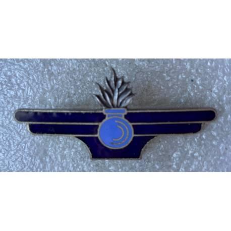 insigne général du  Matériel  émail