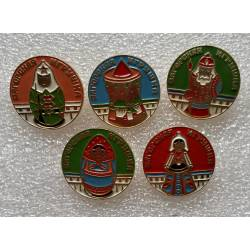 lot de 5 broches pin's russes figurines
