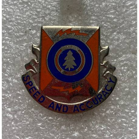 """USA : 327th Signal Battalion """"SPEED AND ACCURACY"""""""