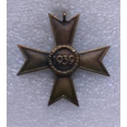 Allemagne 3e Reich : Croix du Mérite de Guerre 2e classe sans épées (KVK 2)