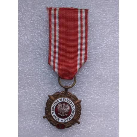 Pologne : Médaille des Forces armées au service de la patrie 5 ans de services 1951-1960