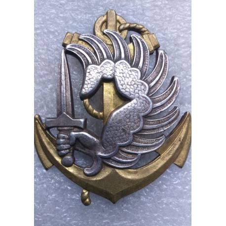 insigne de béret des Troupes Parachutistes Coloniaux