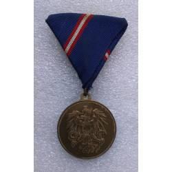 AUTRICHE : Médaille de Mérite pour la troupe